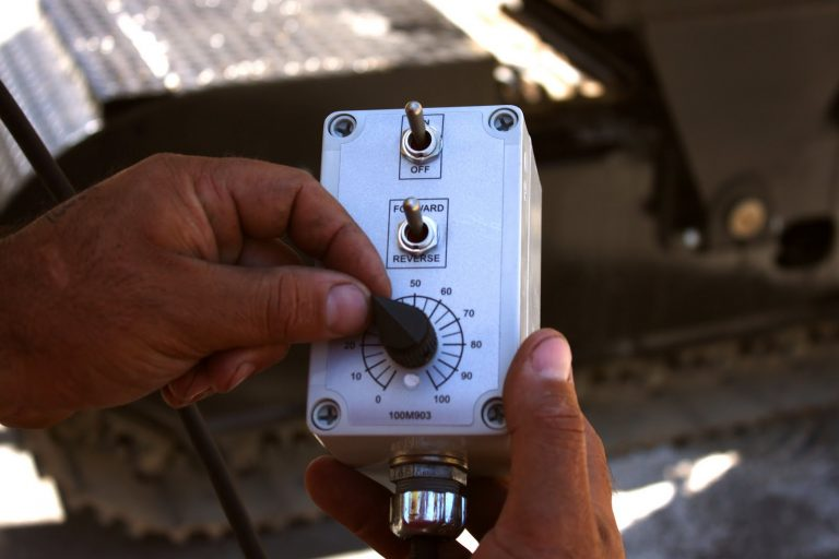 Electrical Displacement Control